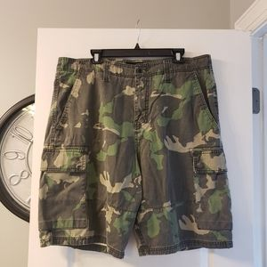 Hurley camo men's shorts. Size 38